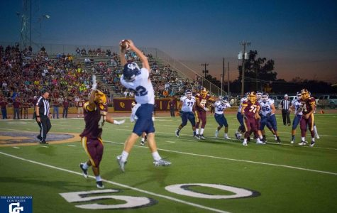 Buttons Fall Short in Loss to Harlandale Indians