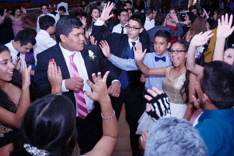 homecoming-dance_15