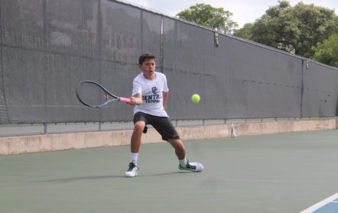 Varsity Tennis makes mark at McFarlin Tennis Center