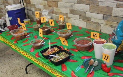 Annual Spanish Club contest serves up serious student salsa!