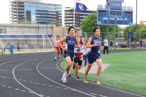 Track team makes strong statement in Seguin