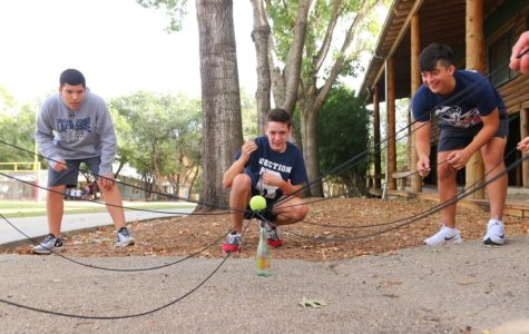 Sophomore retreat cultivates class of '22