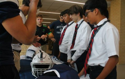 Central sponsors annual Eighth grade visits