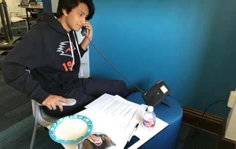 """Students man phones for """"Thank-a-Thon"""" effort"""