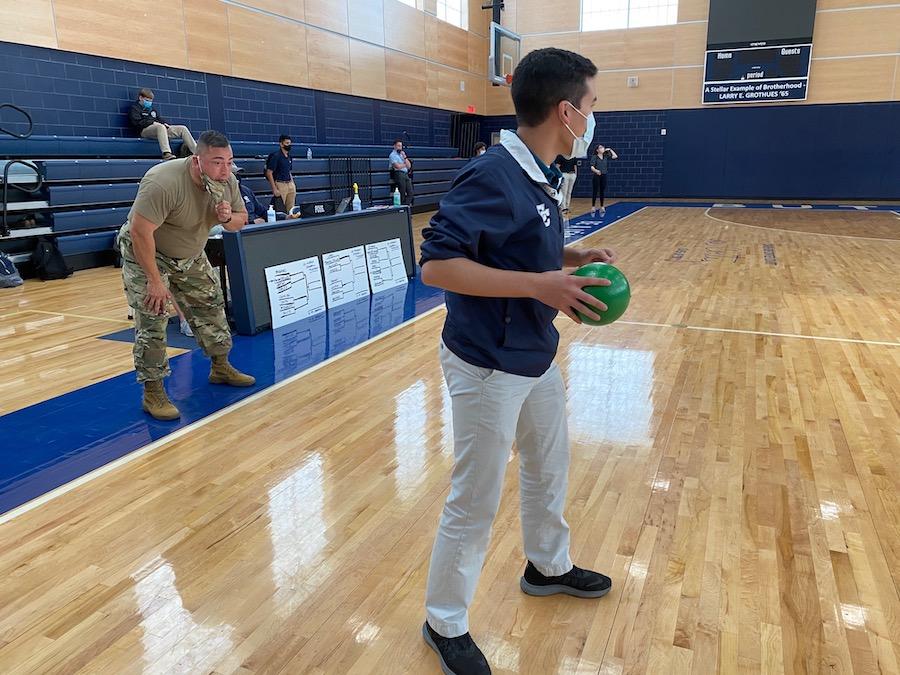 Homerooms begin battle in dodge ball contest
