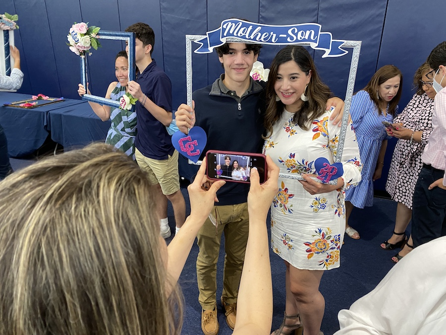 Messages of Mom highlight Mother-Son event